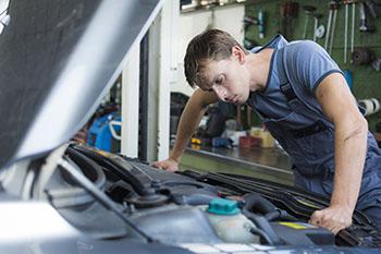 ซ่อมรถ