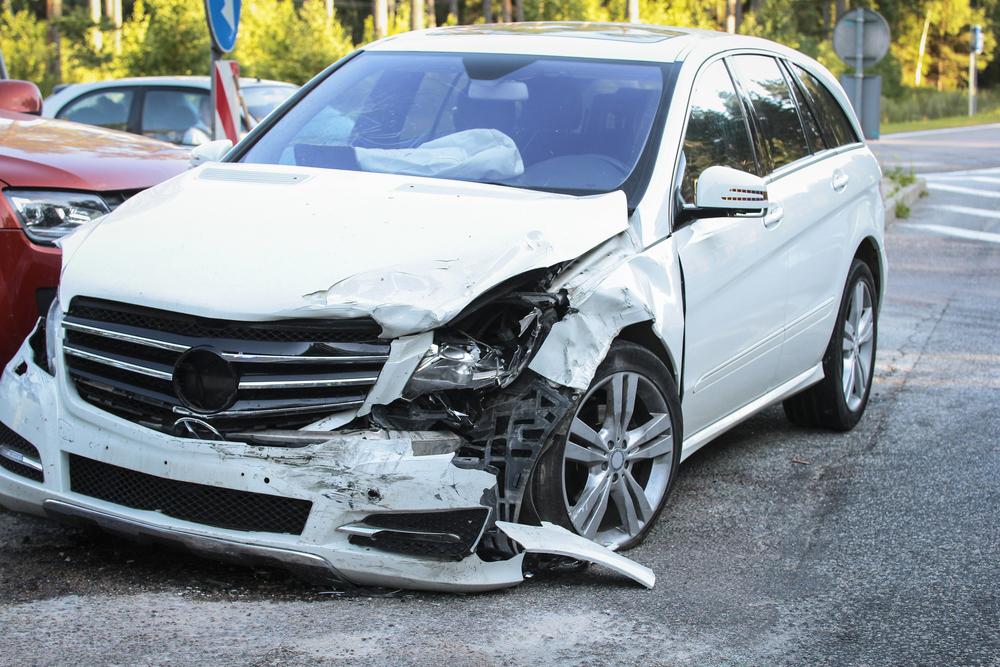 รวมคลิปสลดรถไม่มีประกันชนแล้วพัง