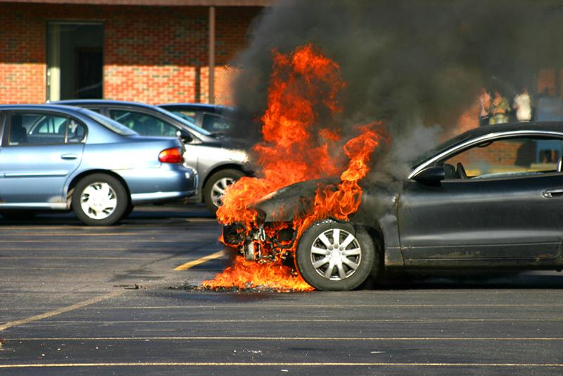 วิธีดูแลรถช่วงหน้าร้อนไม่ให้เกิดไฟไหม้