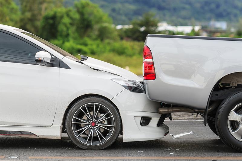 รถยนต์ชนท้าย