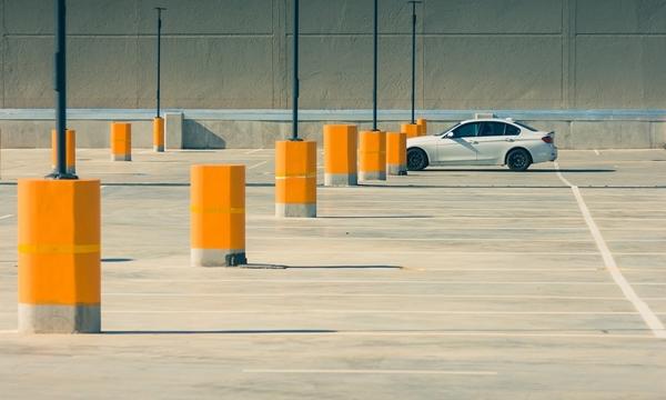 การจอดรถยนต์ในพื้นที่จอดรถ แบบไม่กั๊กที่จอดรถ