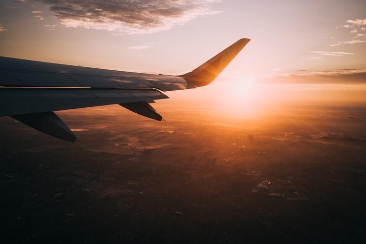 เทคนิคการจองตั๋วเครื่องบินให้ได้ราคาถูก