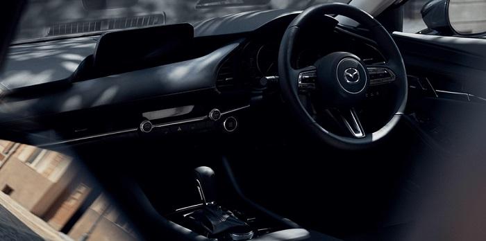 All New Mazda 3 นั้นเป็นแบบ KODO Design ที่เน้นยึดหลักความเรียบง่ายแต่สวยงาม