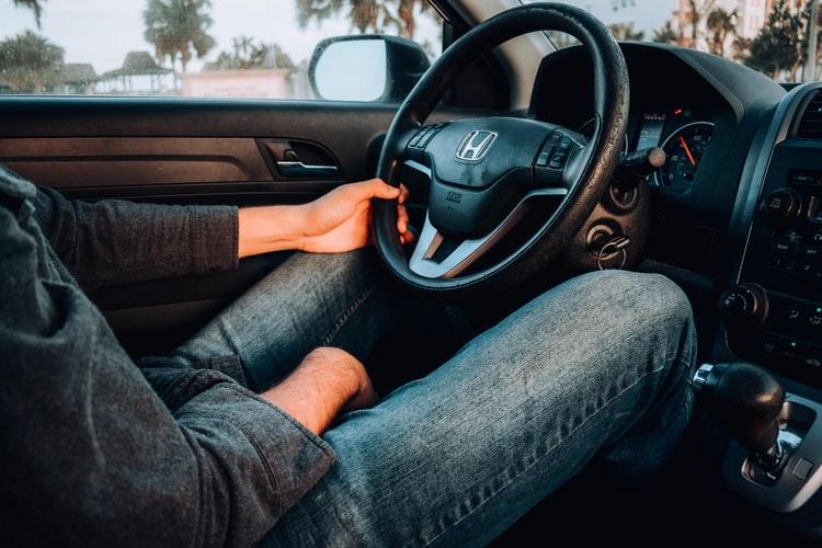ความคุ้มครองประกันรถยนต์ ที่เหมาะสำหรับมนุษยเงินเดือน