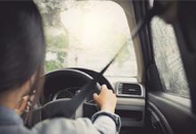 7 ข้อห้าม! เมื่อสาวๆต้องขับรถสู้ฝน