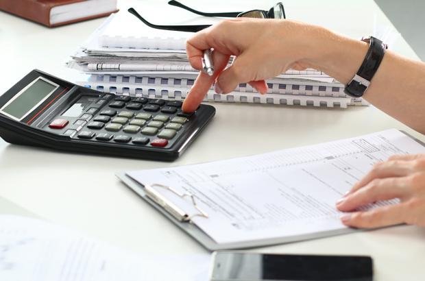 10 ค่าใช้จ่ายและประกันลดหย่อนภาษี