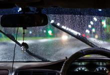 ขับรถช่วงฝนตกหนัก ควรใช้ความเร็วเท่าไหร่