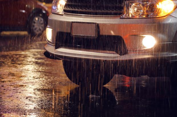 รู้หรือไม่! ฝนตกหนัก ห้ามเปิดไฟฉุกเฉิน