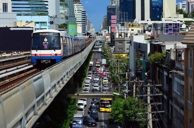 10 ถนนในกรุงเทพ ที่น้ำท่วมขังบ่อย ๆ