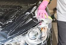 DIY 7 ของใช้ในบ้าน ล้างคราบน้ำฝนบนรถ