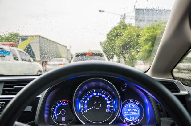 7 สิ่งต้องดูแลรถสุดรัก ช่วงหน้าฝน