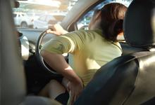 10 วิธีแก้ปวดหลัง เมื่อต้องขับรถนาน ๆ